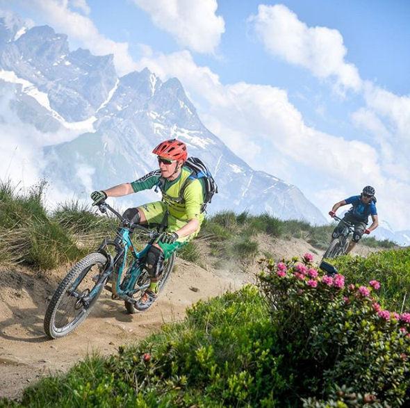 cratoni mtb helm kopen - beste mountainbike helm op de markt - vaak beste fietshelm in fietshelmen test !